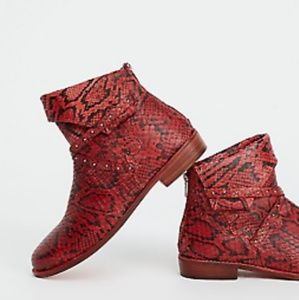 Free people alamosa red/ black bootie new in box